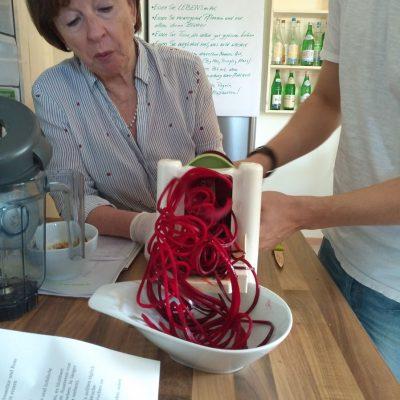 Küchengeräte in der Lehrküche